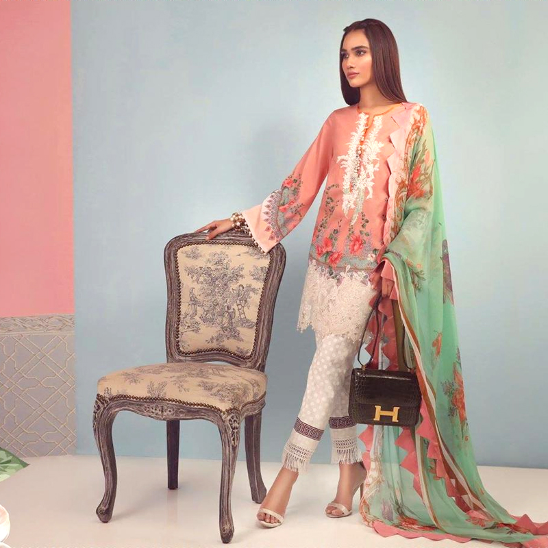 Printed Embroidery Lawn Suit With Lawn Dupatta (DM SS 600 B) 0